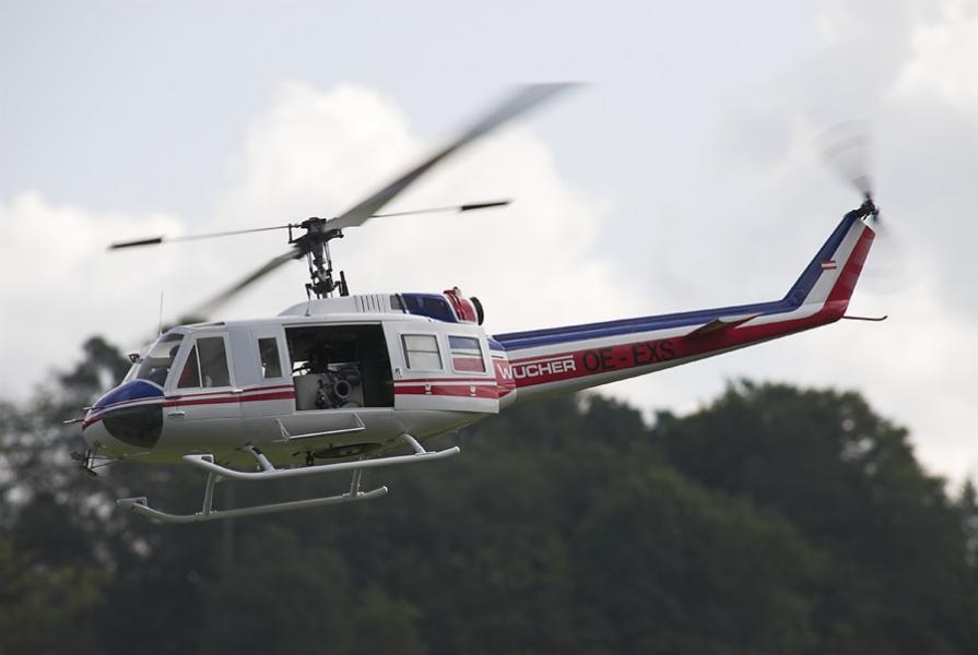 UH-1 03
